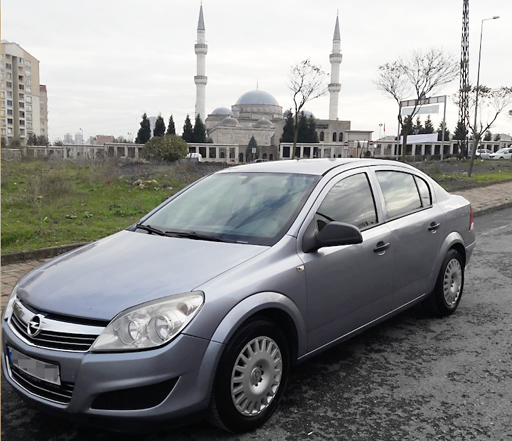 HAYALLER: 2001 Astra HB  GERÇEKLER: 2010 Astra sedan