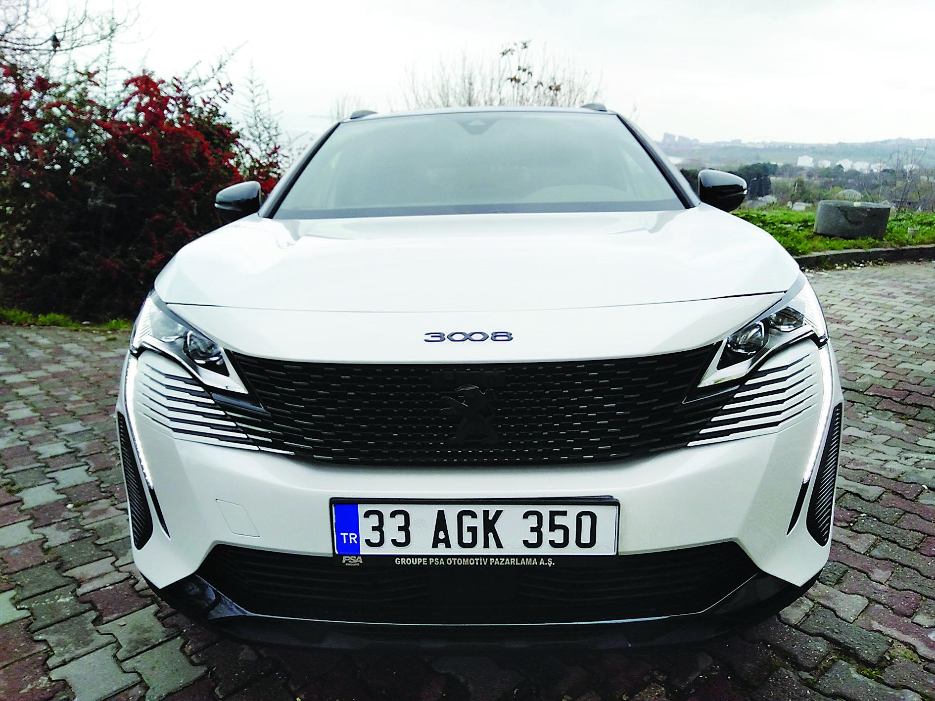8 soruda Peugeot 3008