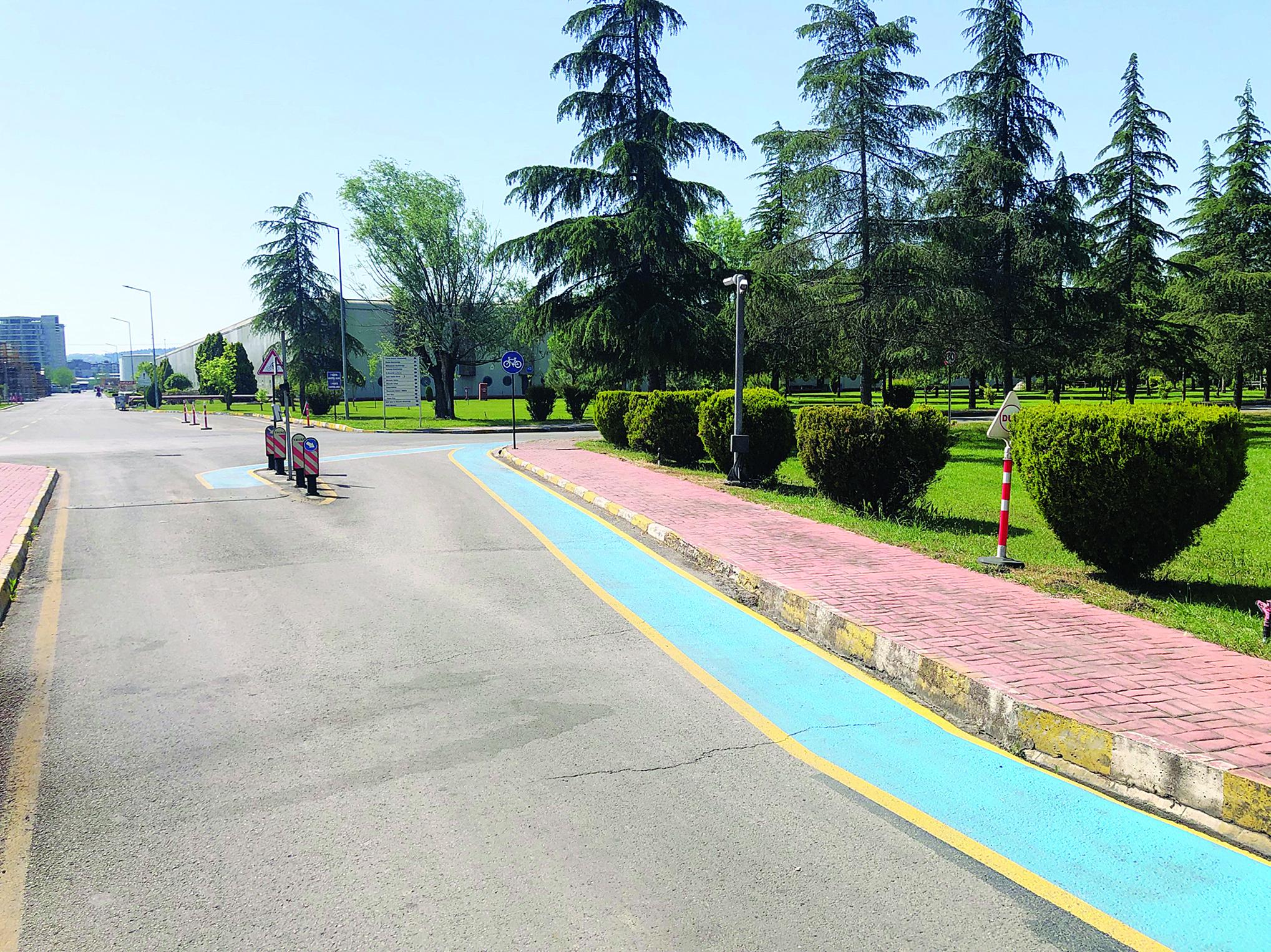 Fabrikaya bisiklet yolu