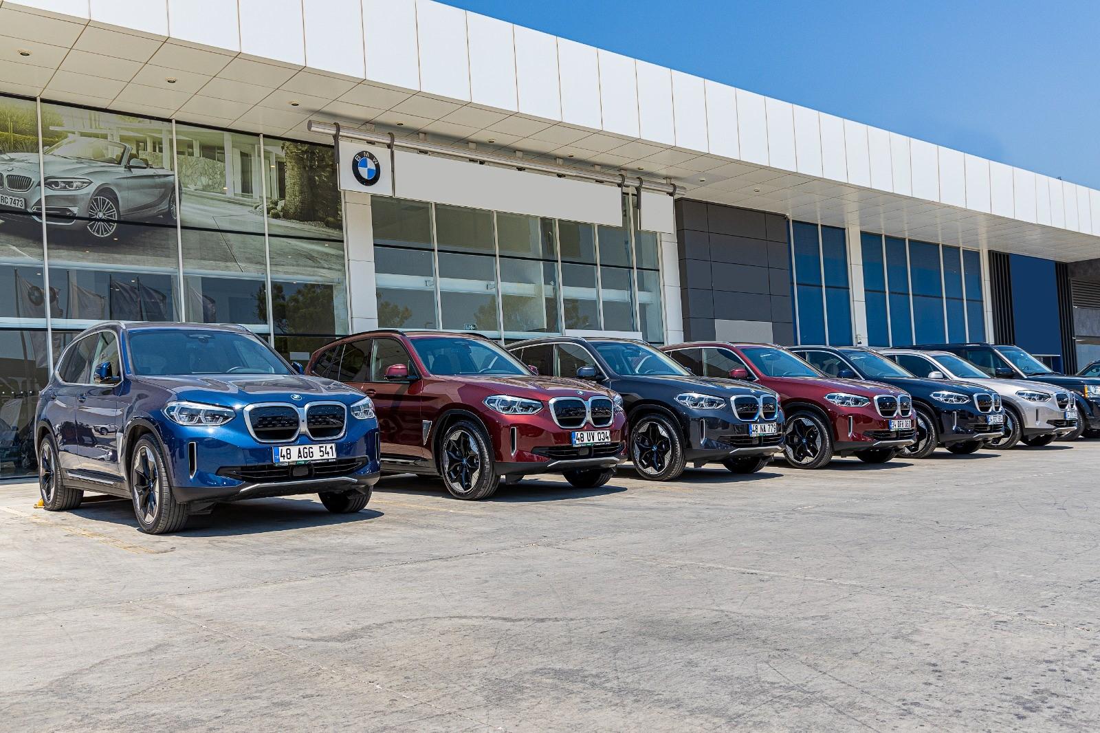 BMW iX3 Enterprise Türkiye'den kiralanır